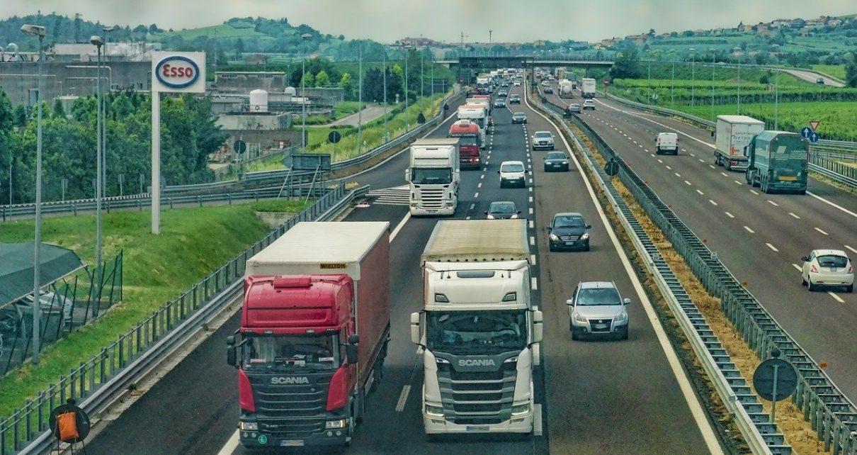 Różne części do samochodów ciężarowych Scania